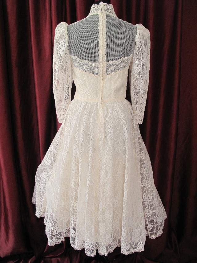 1960 S Edwardian Style Ivory Lace Vintage Wedding Gown